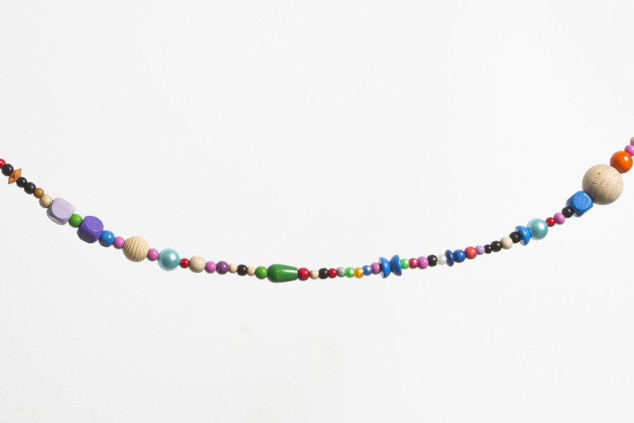 Jos Näpflin, TOTEM Plastic beads, wood beads, 365 beads, nylon thread, 685 cm, illimited edition