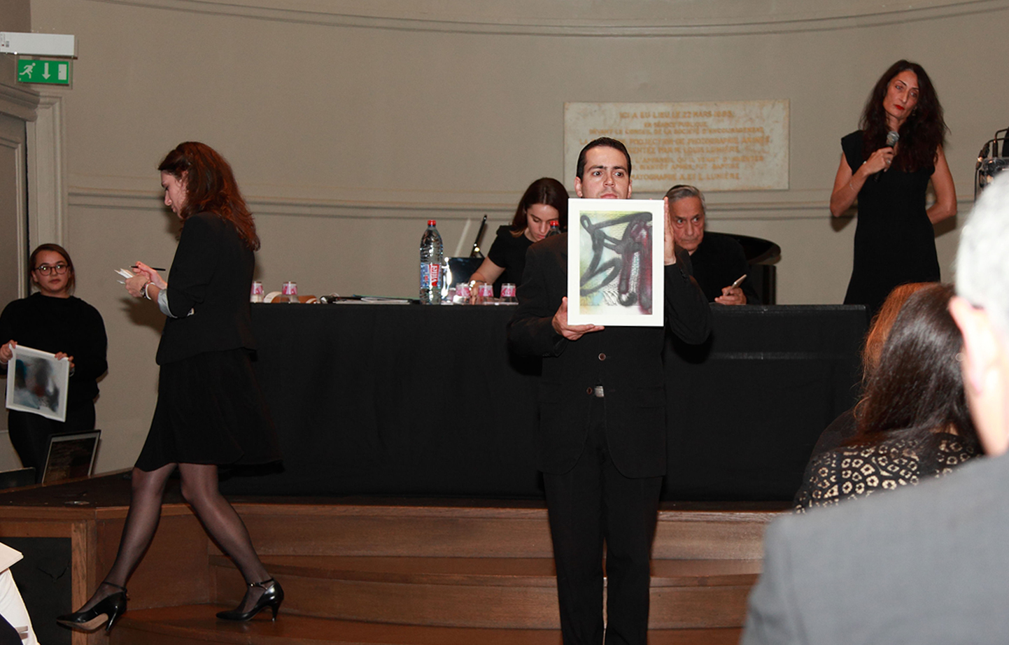 Presentation of Luke Dowd's work during the auction sale 100 YEARS - 100 ARTISTS.